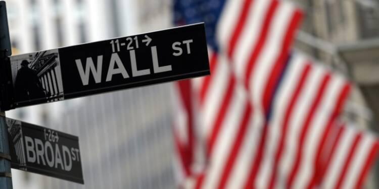Wall Street finit en nette hausse, saluant avec retard la BCE
