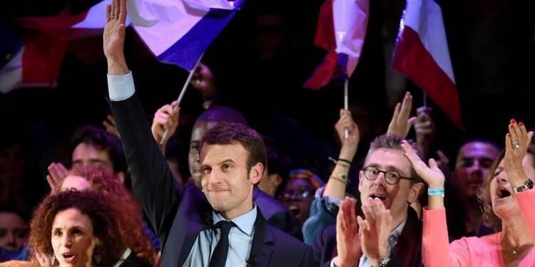 Macron monte à 23%, Le Pen (26%) et Fillon (21%) stables, selon le sondage Opinionway-Orpi