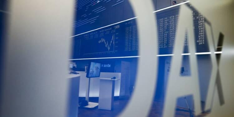 Les Bourses européennes évoluent en ordre dispersé à la mi-séance