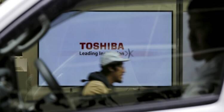 Toshiba renoue avec le bénéfice au 2e trimestre grâce aux puces mémoire