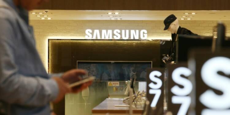 """Samsung va """"passer en revue"""" le plan de scission d'un fonds américain"""