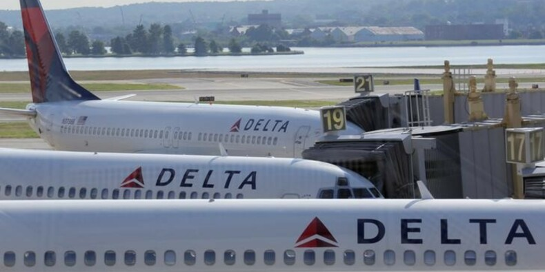 Delta Airlines réduit sa prévision de marge, le titre baisse