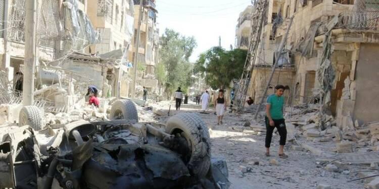La bataille d'Alep se poursuit, dans les airs et au sol