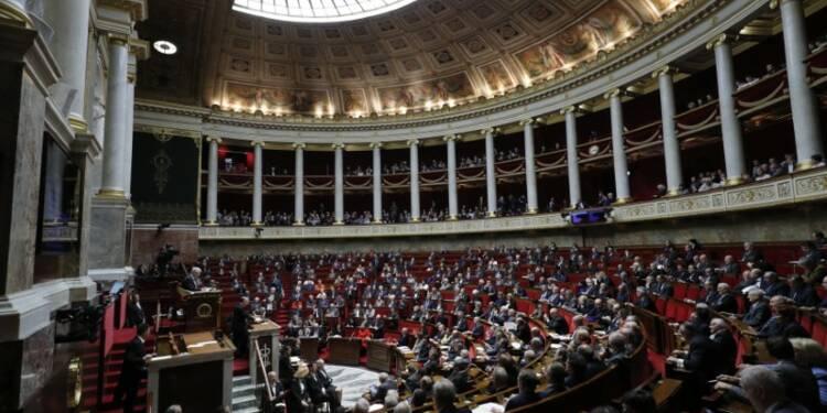 Les députés votent l'interdiction totale des gaz de schiste
