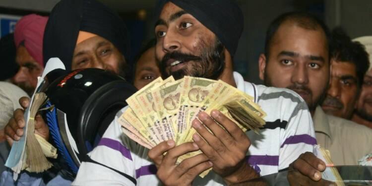 Evasion fiscale en Inde: 24 milliards de billets démonétisés