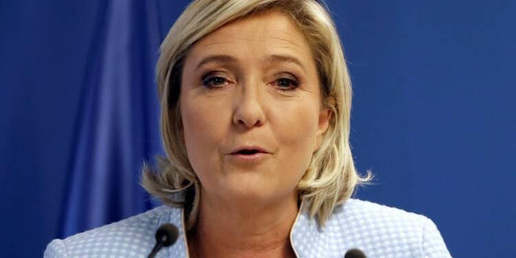 Marine Le Pen dit espérer une victoire à la Donald Trump en 2017