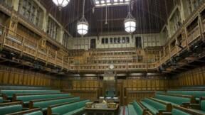 Les Communes donnent à May le pouvoir de déclencher le Brexit