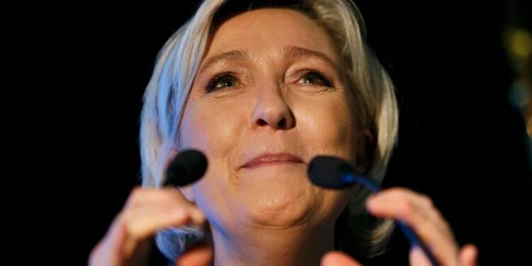 """Le Pen dénonce une """"instrumentalisation de la justice"""""""