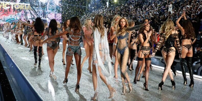 Au top de sa forme, Victoria's Secret a enflammé le Grand Palais