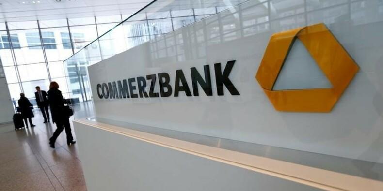 Commerzbank supprime 9.600 postes et suspend le dividende
