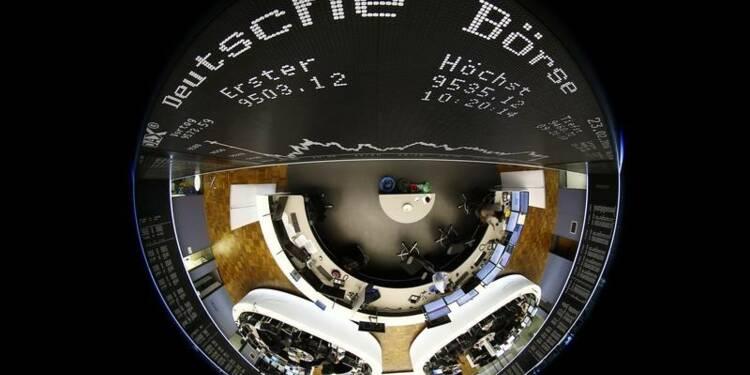 Les Bourses européennes accentuent leur hausse