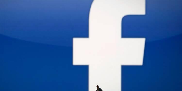 Facebook chute en Bourse, victime d'inquiétudes sur ses revenus