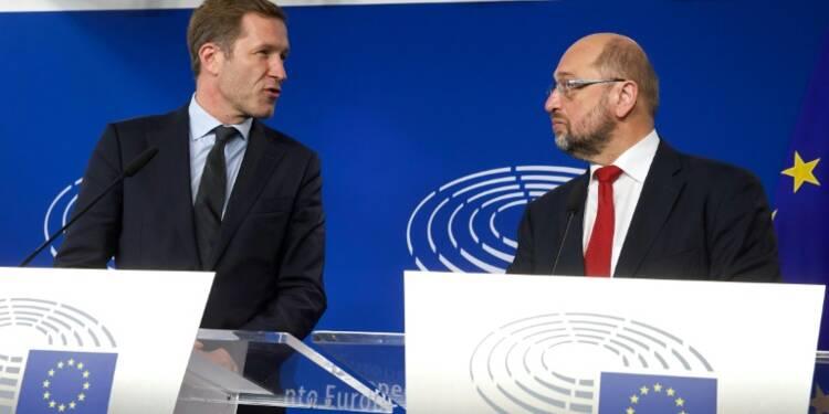 """Traité CETA: le Canada appelle l'UE à """"finir son job"""""""
