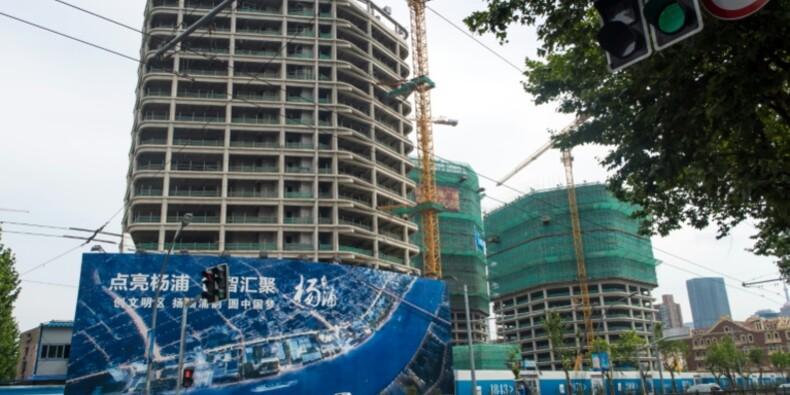 La croissance chinoise fait de la résistance, aidée par l'immobilier et la dette