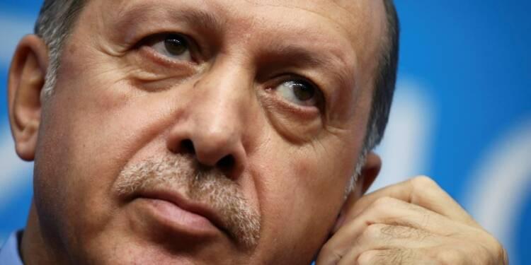 Les maires de 28 communes turques révoqués et remplacés