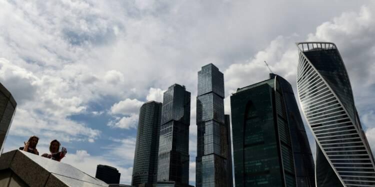 Russie: deux grosses banques en difficultés placées sous tutelle en une semaine