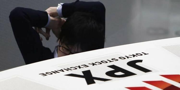 Le yen et Trump ont pesé sur la Bourse de Tokyo