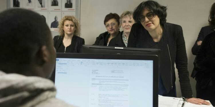 Insertion des jeunes: la Cour des comptes conteste l'efficacité des contrats aidés