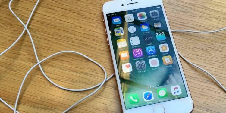 Apple a vendu plus d'iPhone que prévu, mais le titre baisse