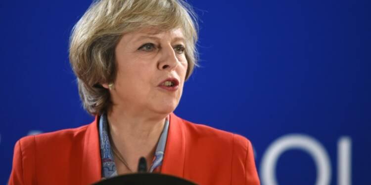 GB: May met en garde les parlementaires contre un blocage du Brexit