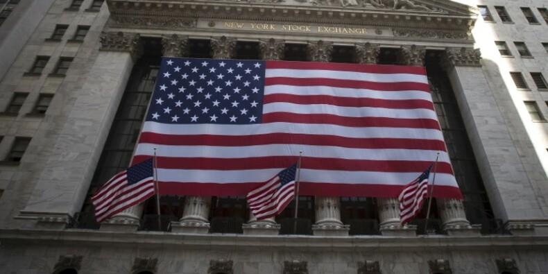 Wall Street ouvre en hausse, accalmie sur le front bancaire