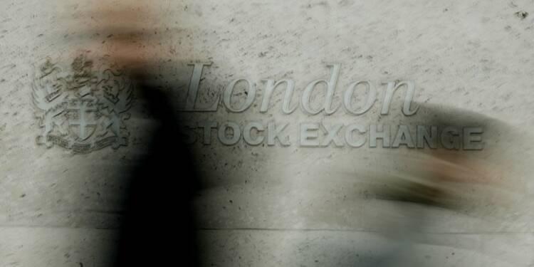 Les Bourses européennes, à l'exception de Paris, évoluent en très légère baisse à mi-séance