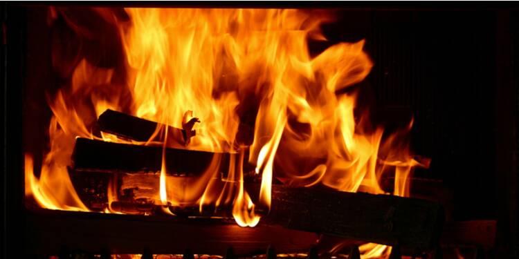 Faites baisser d'un tiers votre facture cet hiver en vous chauffant au bois