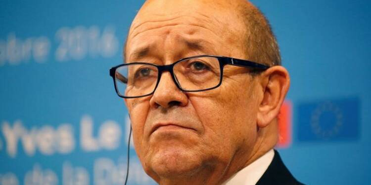 "Soldat tué au Mali: Le Drian évoque une attaque ""terroriste"""