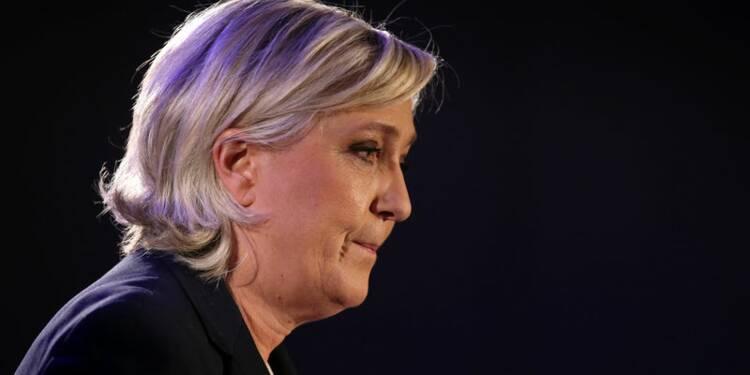 Marine Le Pen refuse de restituer 300.000 euros au Parlement européen