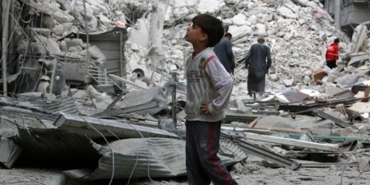 L'armée syrienne intensifie son offensive sur Alep