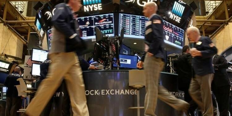 Wall Street finit étale voire en léger mieux après Yellen