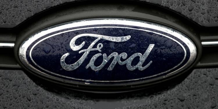 Un rappel de voitures amène Ford à abaisser ses prévisions