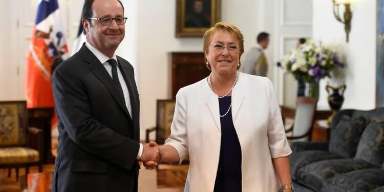 """Le protectionnisme, """"pire des réponses"""", dit Hollande au Chili"""