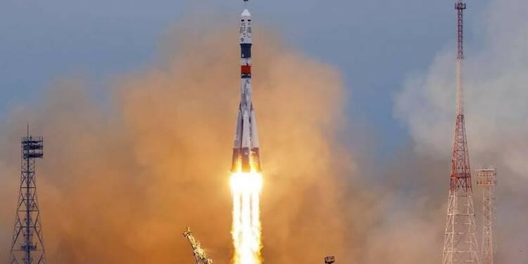 Décollage de Baïkonour vers la Station spatiale internationale