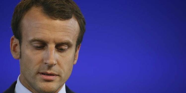 """Macron met en garde contre la """"laïcité revancharde"""""""