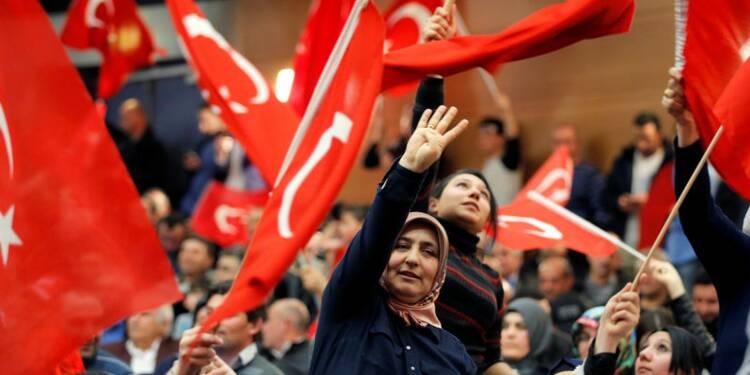 La tenue en France d'un meeting turc fait polémique