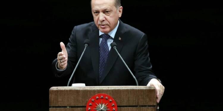 Turquie: des boulettes gratuites pour soutenir la livre