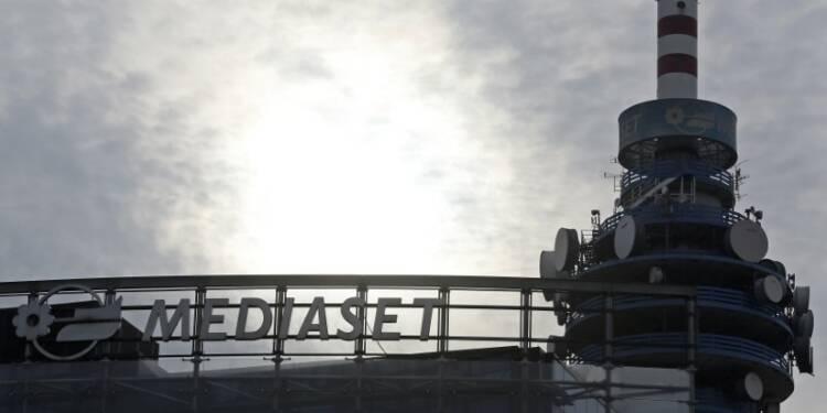 """Vivendi renonce à une """"solution amicale"""" avec Mediaset"""