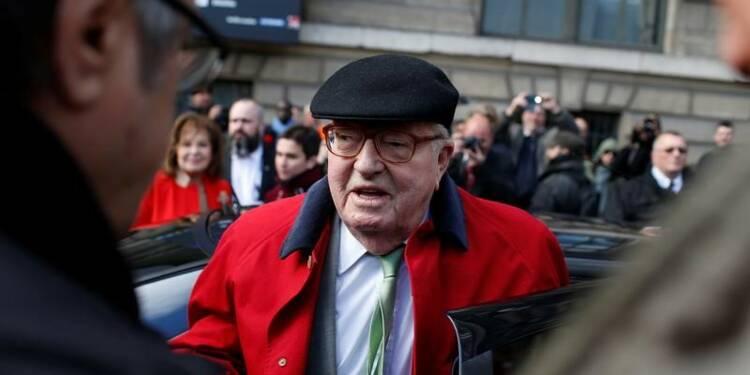 """Selon Jean-Marie Le Pen, sa fille """"plombée"""" par le thème de l'Europe"""