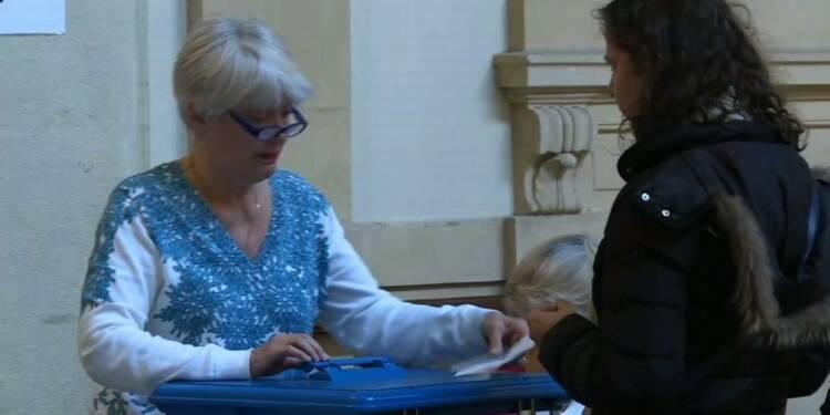 Présidentielle: un bureau de vote à Lyon