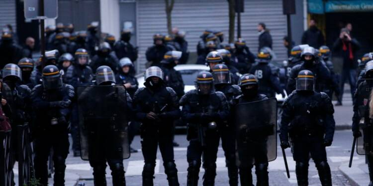Incidents dimanche soir à Paris, 141 interpellations