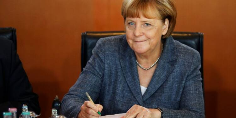 "Angela Merkel ""très heureuse"" de la victoire d'Emmanuel Macron"