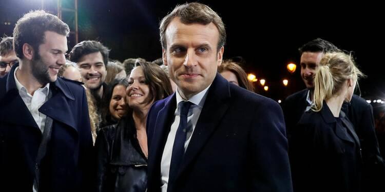Macron rassure l'Europe mais n'aura pas d'état de grâce