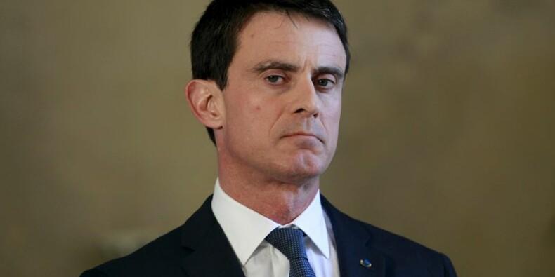 Manuel Valls annonce un plan de soutien à Mayotte