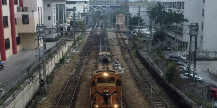 Chine: l'opérateur des chemins de fer plombé par une dette de 640 milliards de dollars