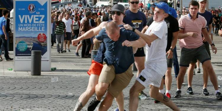 Un supporter russe expulsé samedi à nouveau interpellé
