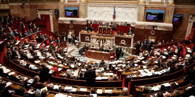 Les députés votent l'extension de la déchéance de nationalité