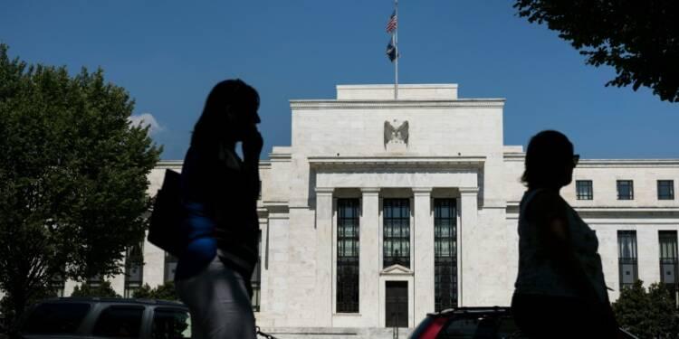 Taux d'intérêt : la Fed plus divisée que jamais, face à des risques contradictoires