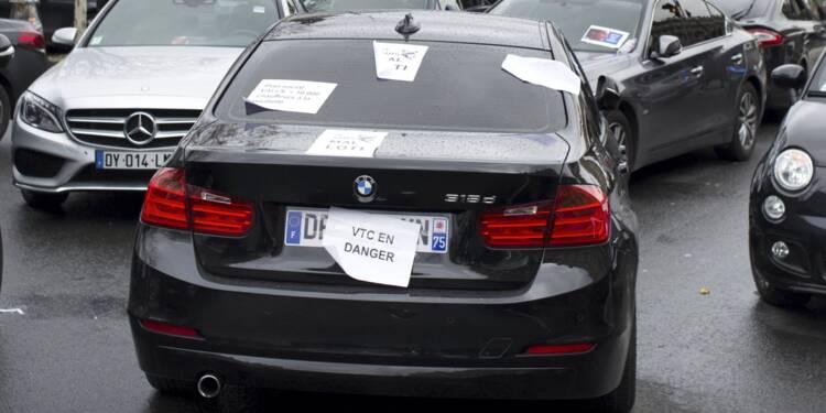 L'Urssaf poursuit Uber, les chauffeurs applaudissent