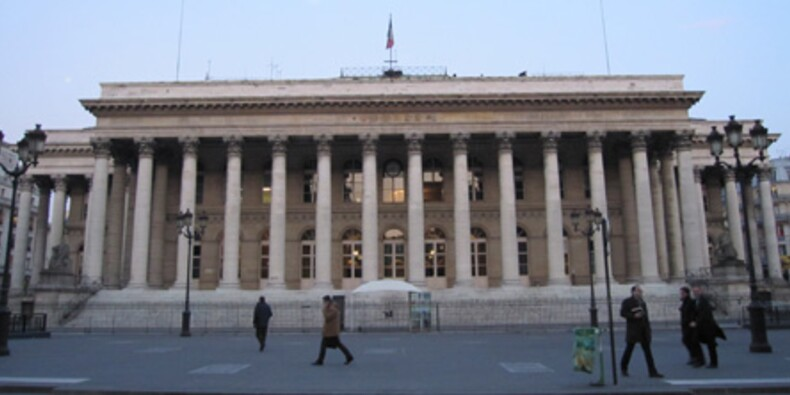 La Bourse de Paris rechute, l'Italie inquiète toujours